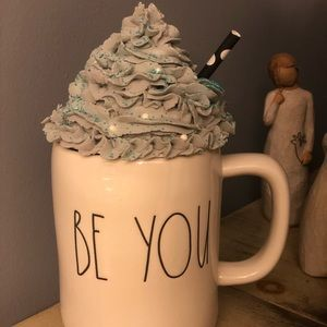 Faux whipped cream topper